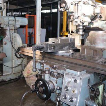 mesin milling manual makino